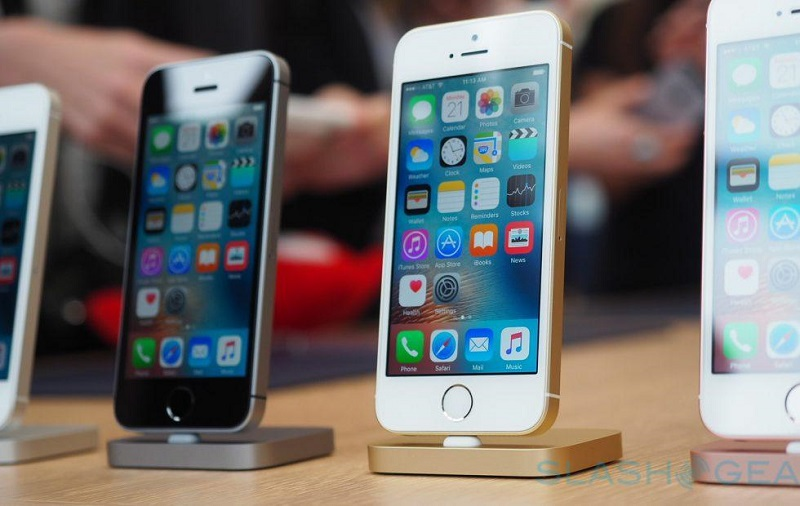 2020's iPhone SE upgrade won't bring edge-to-edge display