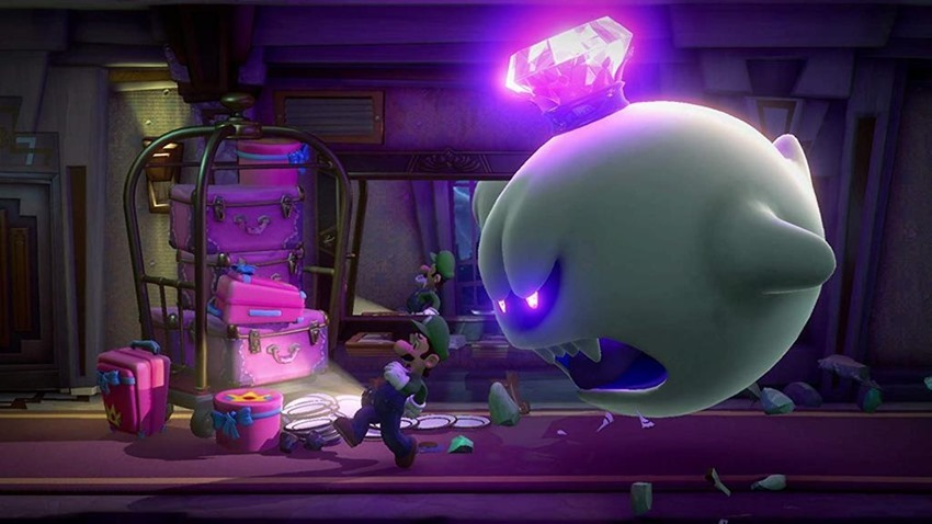 Luigi S Mansion 3 Review Luigi Bored Critical Hit