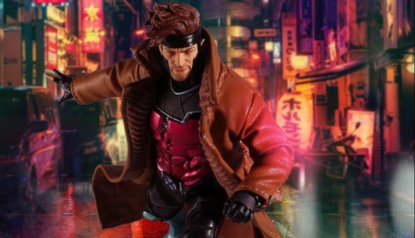 Mezco Gambit (11)