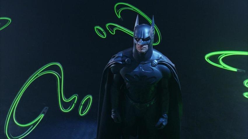 Batman costume armour classic (1) (2)
