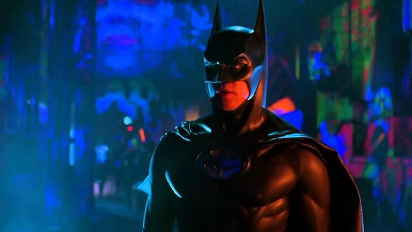 Batman costume armour classic (6)