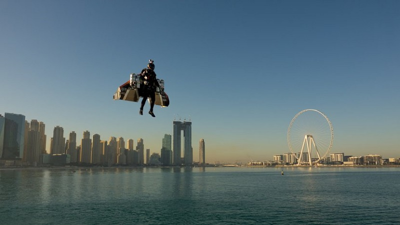 Unbelievable video shows man flying high above Dubai with jet-powered wings