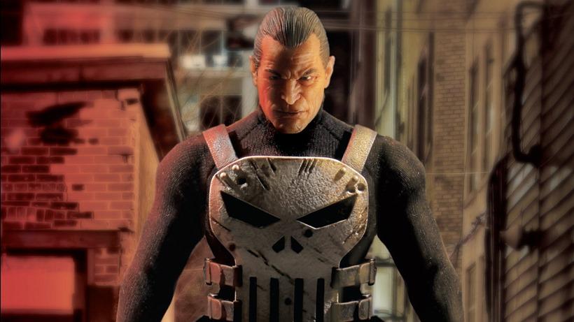 Mezco Punisher (6)