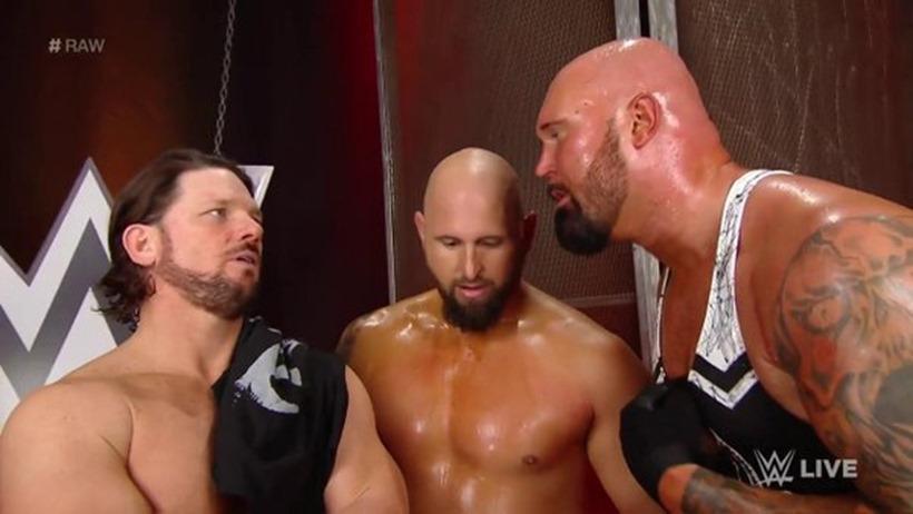 WWE Raw (12)