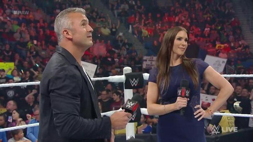 WWE Raw (17)
