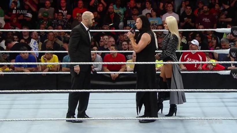 WWE Raw (4)
