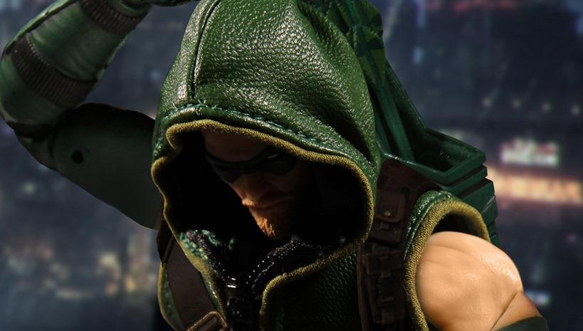 Mezco Green Arrow (3)