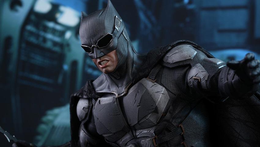 JL Tatctical Batman (22)
