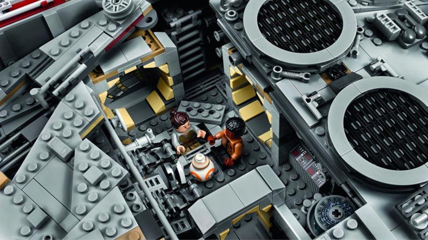 LEGO Milleniu Falcon (2)