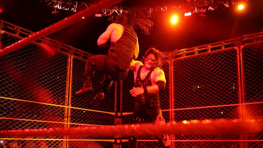 RAW October 16 (1)