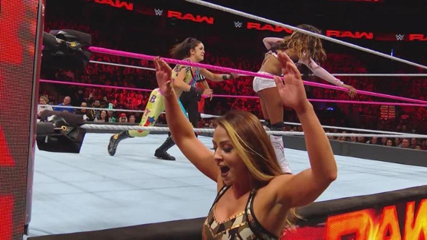 RAW October 2 (9)
