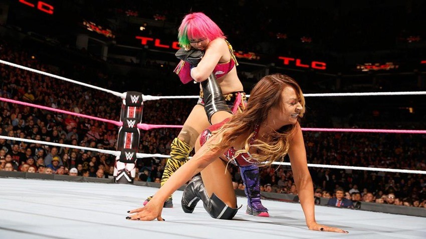 WWE TLC (1)