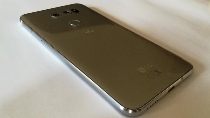 LG V30+ Review – The best video-focused smartphone you'll