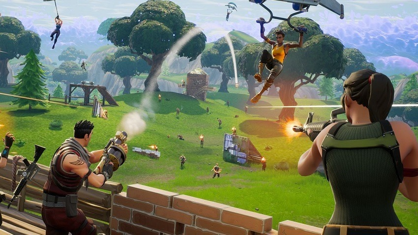 Drake and Ninja are playing Fortnite right now