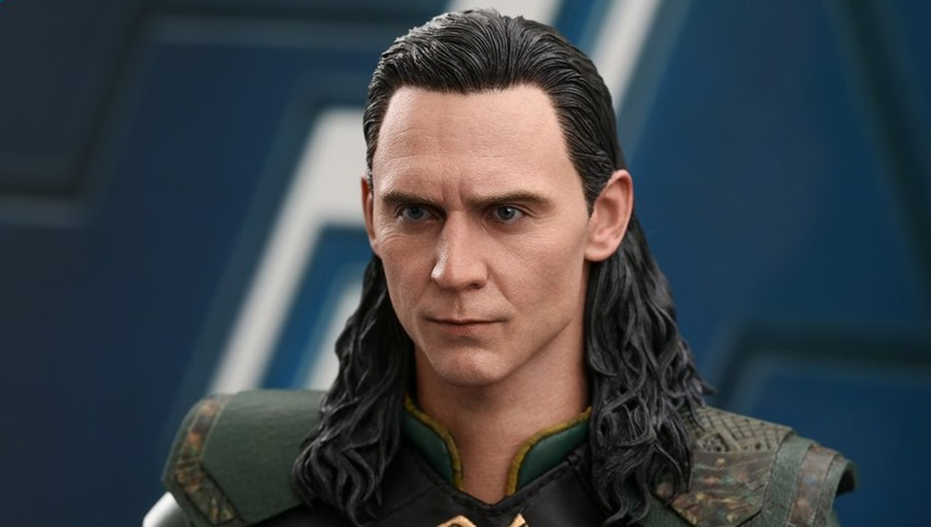 Hot Toys Loki is still burdened with glorious sixth-scale