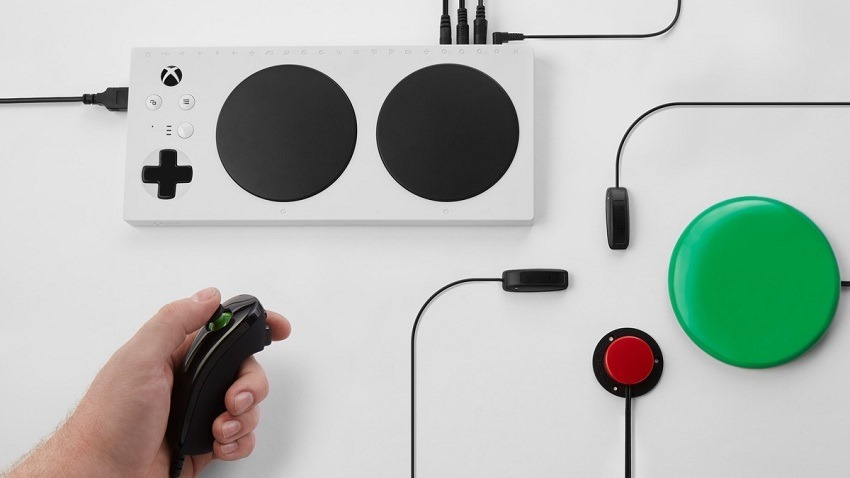 Microsoft Adaptive Controller out now