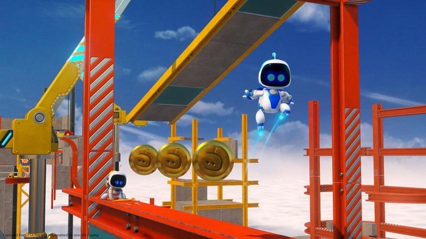 Astro Bot (2)