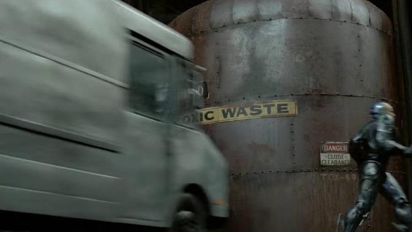 Robocop toxic waste (5)