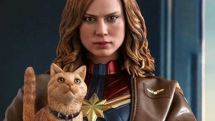 Hot Toys Captain Marvel (1)