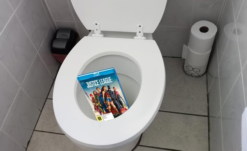 Justice-toilet