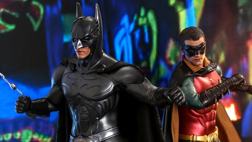 Hot Toys Batman Forever (3)